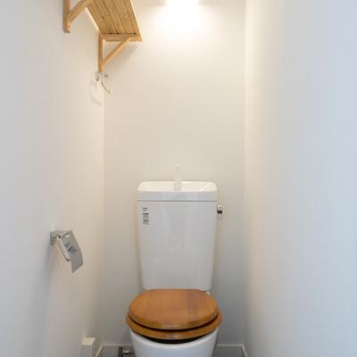 トイレは個室でゆったり!