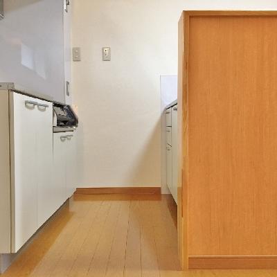 キッチンは2段構え!