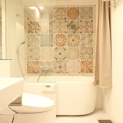 水回りは洗面台、トイレ、お風呂同室です