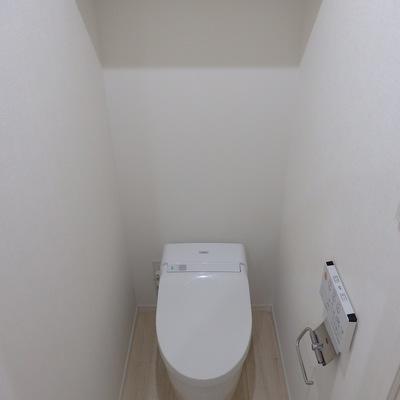 タンクレスのオシャレなトイレ!