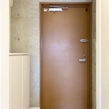玄関スペースはゆったりと。