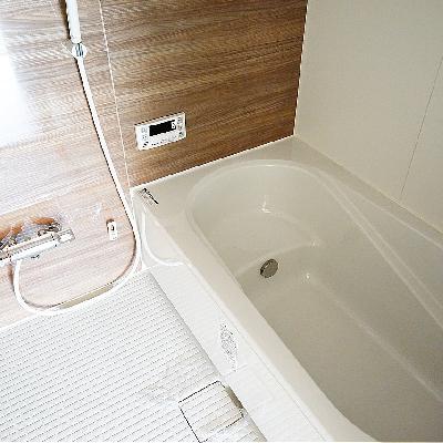 お風呂も追い焚き乾燥機つき!