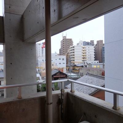 眺望。千代田の街の景色です。