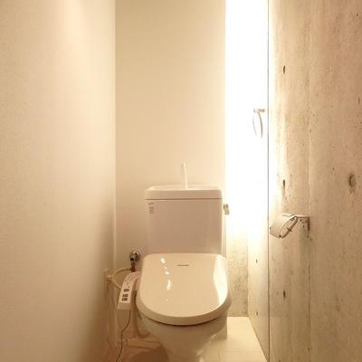 トイレかっこよすぎやろ!!