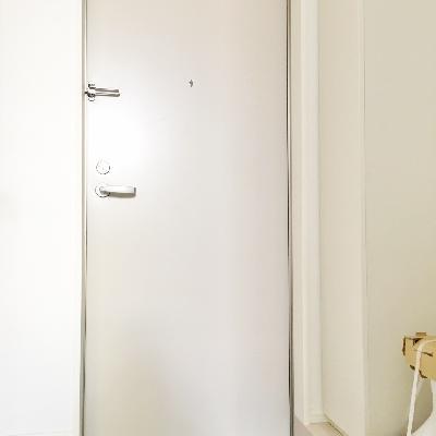 玄関はこんな感じ。※工事中