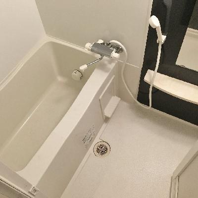 お風呂には浴室乾燥が付いていました。
