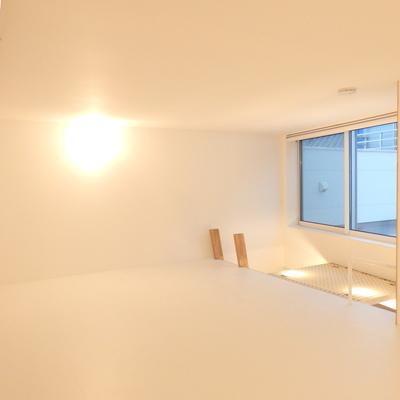 窓があって、気持ちいい空間♪※写真は前回募集時のものです