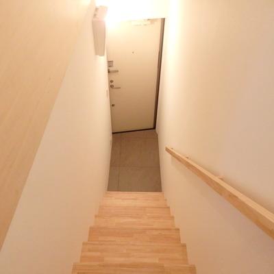 玄関は1階にあります。※写真は前回募集時のものです