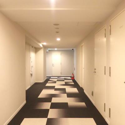 お部屋の前、不思議なデザイン