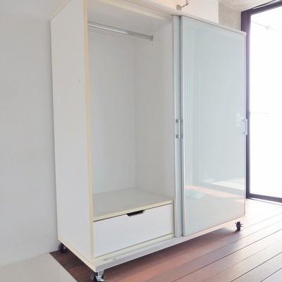 可動式なのでお部屋の仕切りとしても使えます。