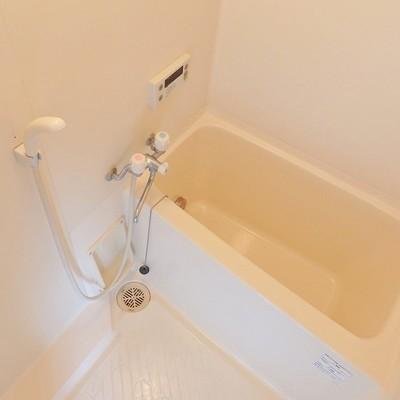 お風呂は追い炊き、浴室乾燥機付!