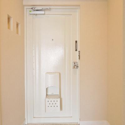 玄関が見えちゃうので、目隠しいる?