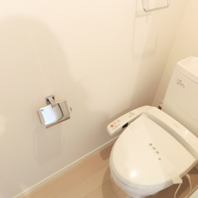 トイレも広々~