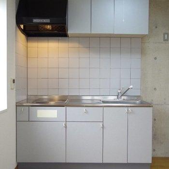 IH2口のキッチン