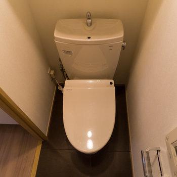 温水洗浄便座はマストですよね。