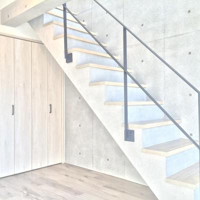階段で上の階へ♪