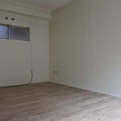 家具の配置がしやすいリビング