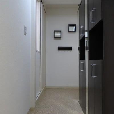 玄関ゆったり。アウトドア用品置いてください!