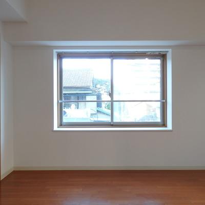 この出窓がいい感じ