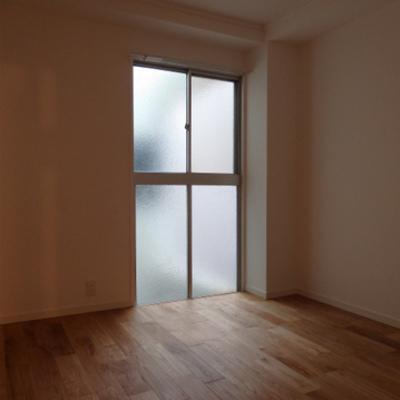 コンパクトな寝室。寝食はしっかりと分ける!※写真は前回工事の3階のお部屋