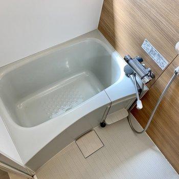 まだまだ綺麗なお風呂です〜!