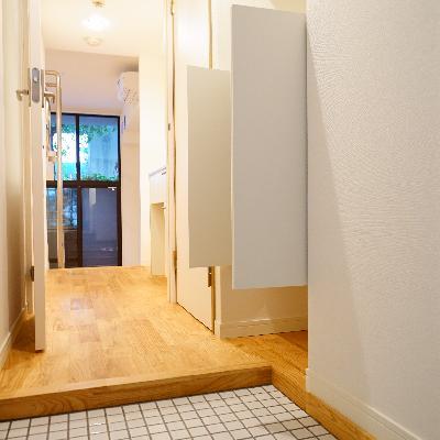 玄関は白いタイル仕上げへ。 ※写真はイメージです。