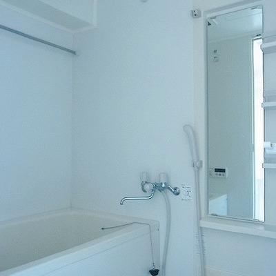 お風呂場は清潔感があります※画像は別室です