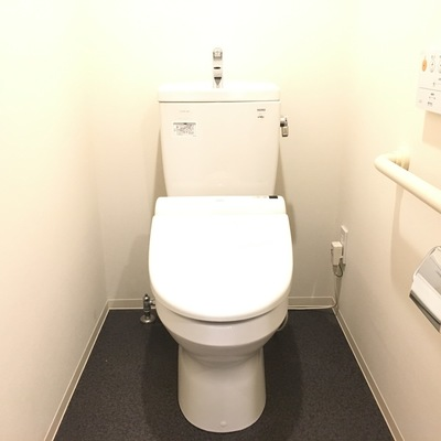 トイレも綺麗でいいですね!!