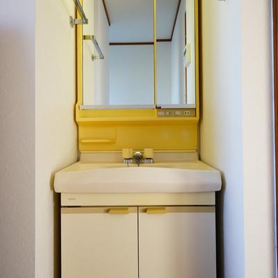 3階にも独立洗面台が!