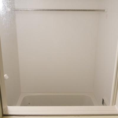 小窓からはお風呂が見える!おおお!