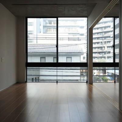 お洒落なオフィスの様な空間。