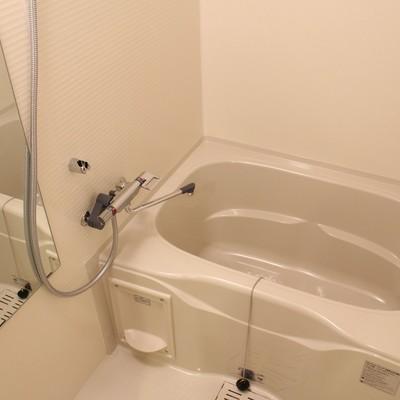 鏡が嬉しいゆったりめのお風呂