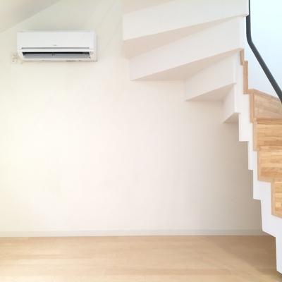 こちらは3階の洋室