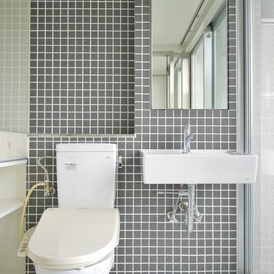 洗面とトイレは同室タイプ。