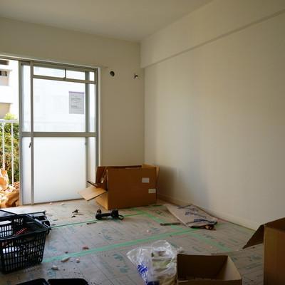 6帖の寝室も明るい空間※工事中です