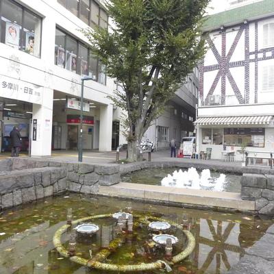 奥沢駅前の噴水。憩える駅っていいですよね♪