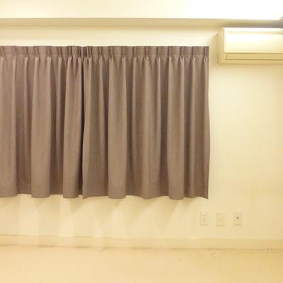 ベッドルームはカーペットと床暖房で暖かい!