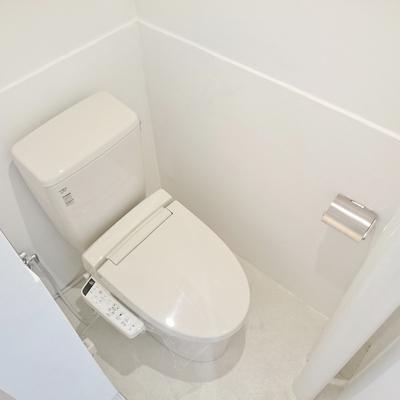 トイレに扉はありません!
