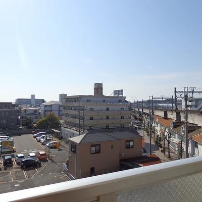 阪急電車が見えますよ!