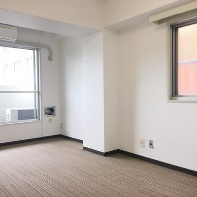 床はカーペット