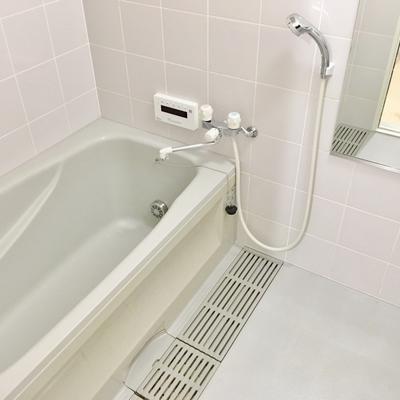 お風呂も広々。浴室乾燥もありますよ◎