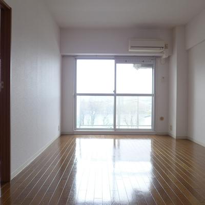 南東向きのお部屋。※写真は別部屋です