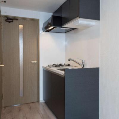 キッチン横は冷蔵庫が置けます