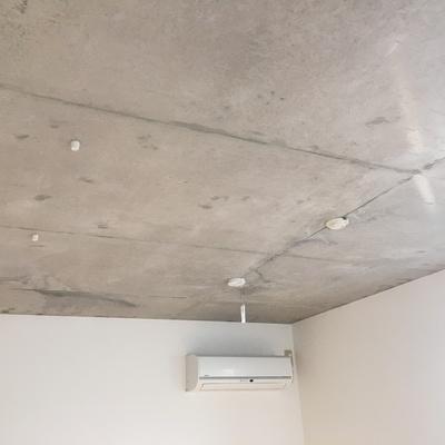 天井がコンクリなんです