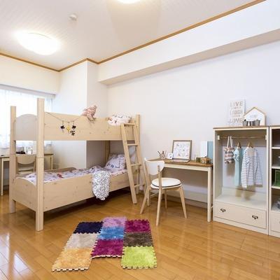 北側の洋室は子供部屋としてもいいですね
