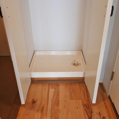洗濯機はもちろん室内置き※写真は別室
