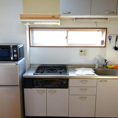 キッチンはゆったり3口ガスです◎