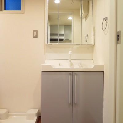 洗面台もゆったりです