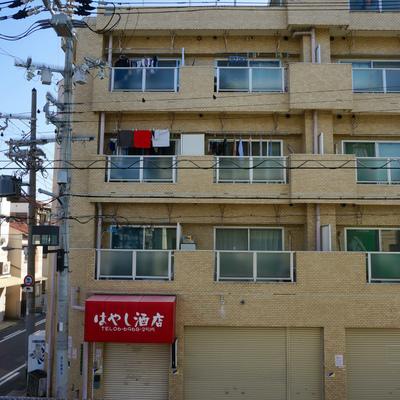 2階の外観は抜け感無し ※別部屋です