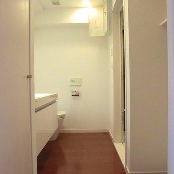 こちらが水回りです※写真は5階同間取り別部屋のものです